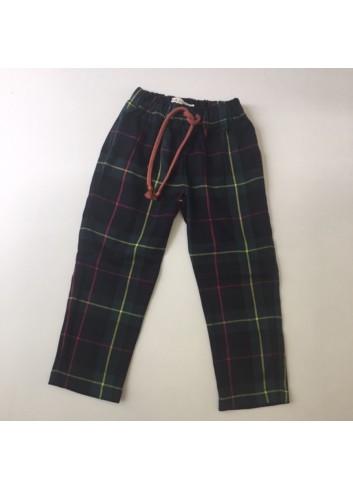 Pantalon de cuadros escoceses con cintura elastica de la marca Mia y Lia
