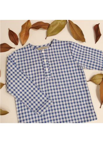 Camisa polera de niño vichy azul cuello mao de El tocador de victoria