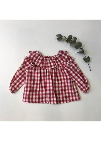 Blusa vichy granate con volante en el cuello de la marca Fina Ejerique.