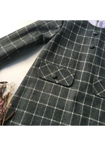 Vestido de cuadros gris con detalle de solapas de bolsillo y botones de la marca Paloma de la O