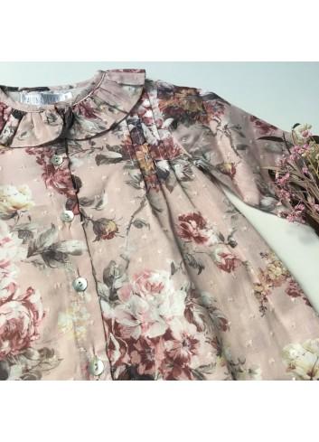 Blusa rosa de plumetti con estampado de flores de la marca Paloma de la O