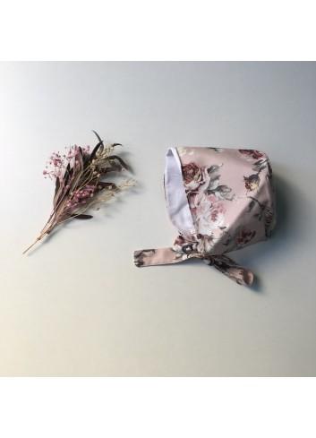 Capota rosa con estampado de flores de la marca Paloma de la O
