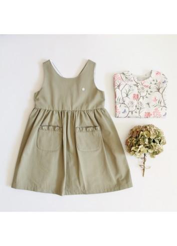 Pichi color verde olivo con bolsillos delanteros de la marca El tocador de Victoria