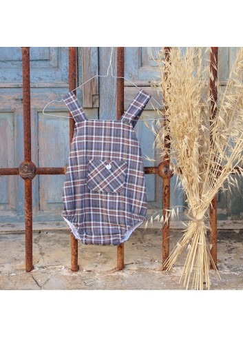 Ranita de cuadros tartán en color indigo con bolsillo delantero y lacito en la parte de atrás de la marca EL tocador de Victoria