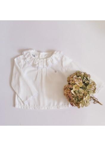 Camisa básica de viella con puntilla en el cuello de la marca El tocador de Victoria