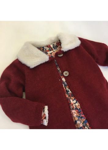 Abrigo de lana color teja con cuello de pelito desmontable dela marca Bonsuit.