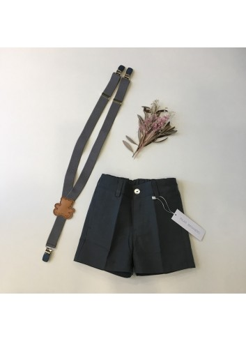 Pantalon corto sarga gris carbón de la marca Pilar Batanero.