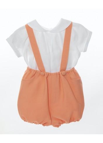 Conjunto de 2 piezas formado por camisa cuello bebe blanca de lino y bombacho con tirantes naranja fluor de la marca Bonsuit