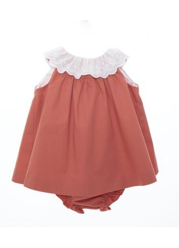 Mini vestido color teja con cuello de tira bordada, incluye braguita de la marca Bonsuit