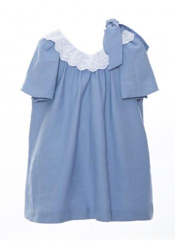 Vestido azul con cuello de tira bordada de la marca Bonsuit