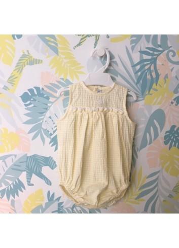 Pelele mil rayas amarillo con detalles bordados a mano de la marca Paloma de la O