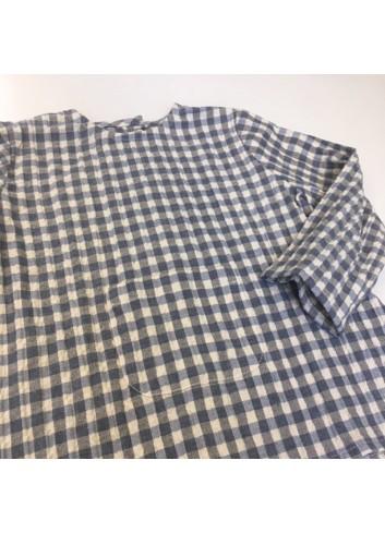 Blusa de bebe de cuadros gris con bolsillo canguro de la marca Mia y Lia