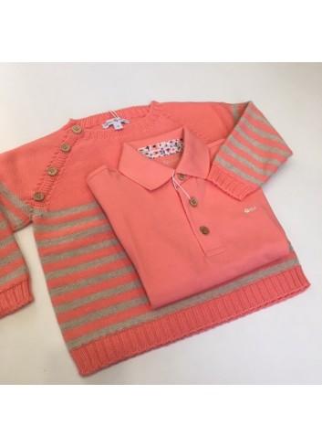 Conjunto formado por polo de manga corta fluor y jersey de rayas fluor y beige de la marca Fina Ejerique